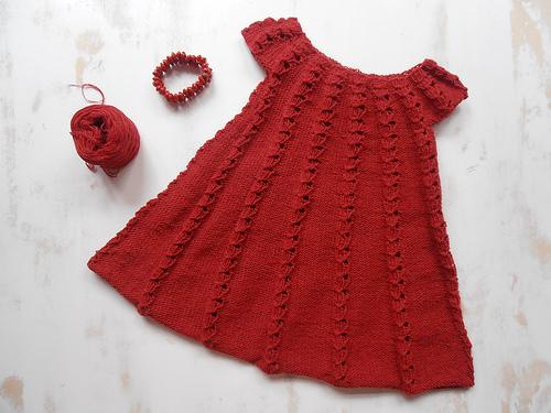 Úpletové šaty zahřejí i v zimě