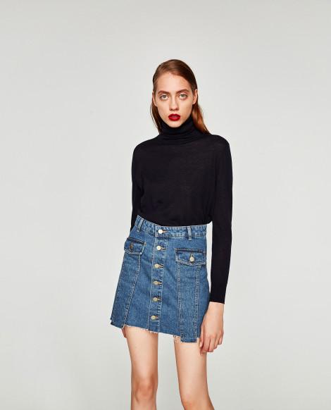 Džínová sukně s černým rolákem