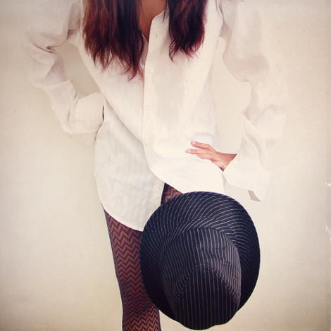 bílá košile