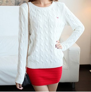 Fashion wild round neck sweaters