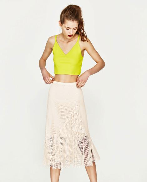 Krátký top s midi sukní