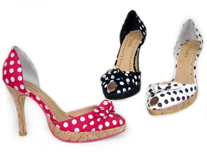 Letní boty na podpatku