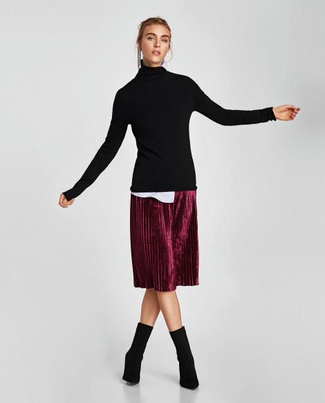 Plisovaná sametová sukně