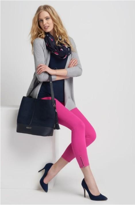 Sytě růžové kalhoty s ozdobnými zipy
